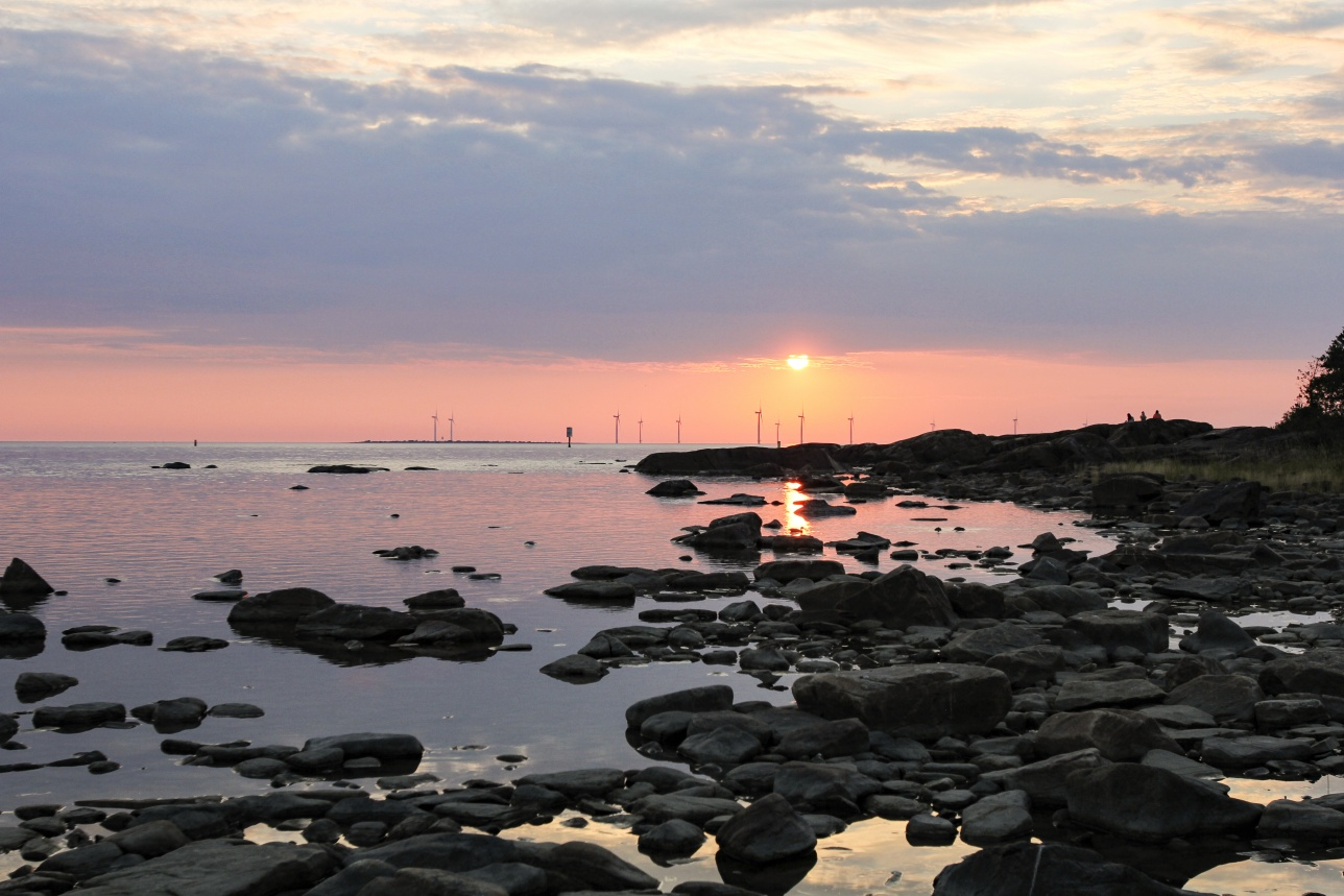 The Bothnian Sea National Park invites you for an adventure on its waves and shores.