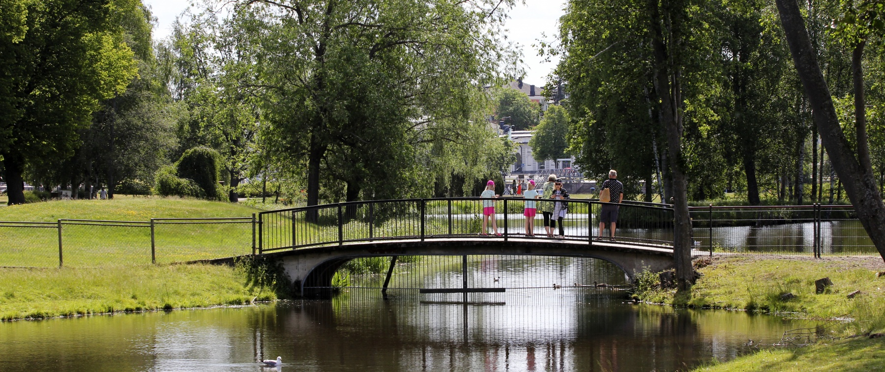 Kirjurinluoto is popular among people of all ages for its outdoor recreation facilities.